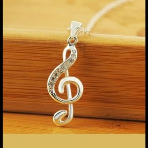 MUSICAL NOTE NECKLACE 925s